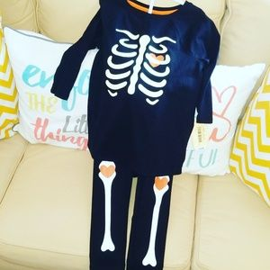glow in the dark skeleton outfit